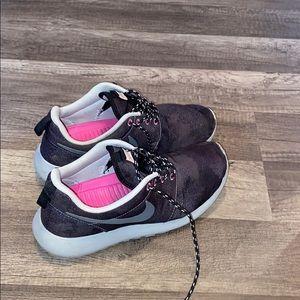 Rare Nike roshe runs